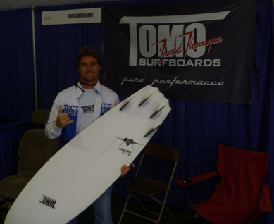 daniel thomson of tomo surfboards